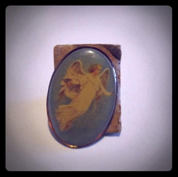 Vintage Jewelry - 5/$25     Vintage angel pin